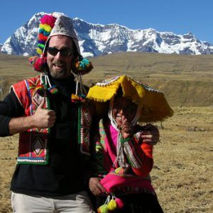 Tourist with a local woman in Ausangate