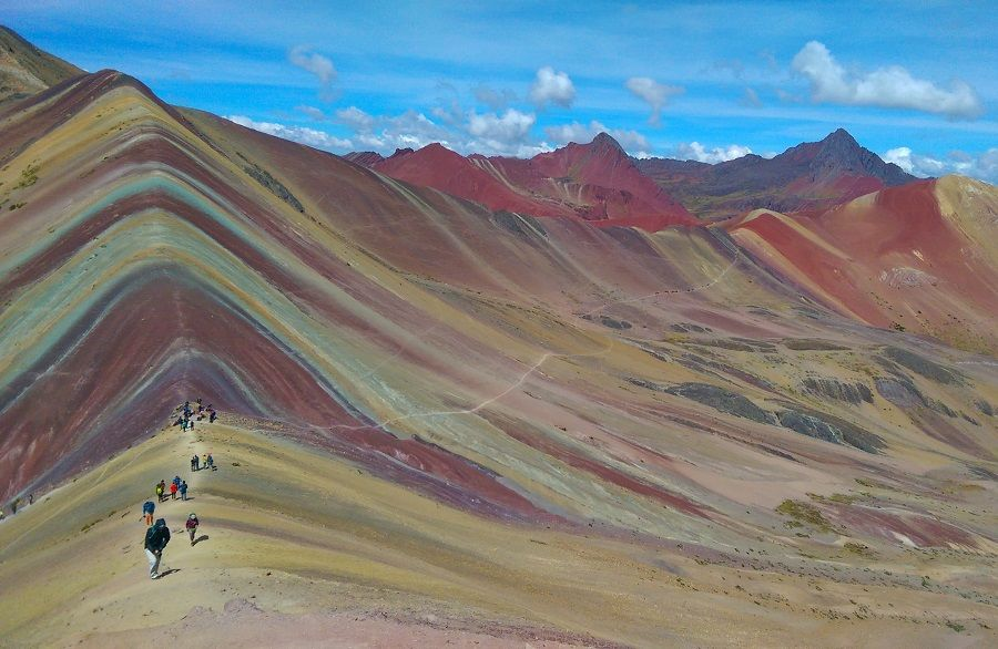 Vinicunca – Are You Ready For the Most Psychedelic Trek of ...